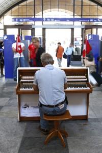 Vente piano-Stephan Genand-Gare Vevey